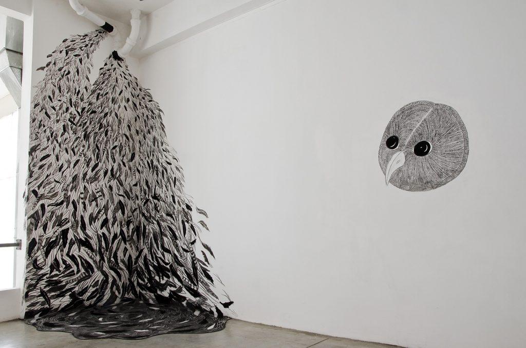 Viviana Blanco Con el viento en los oidos Carbonilla y acrilico sobre muro Centro Cultural Haroldo Conti CABA Argentina 2012